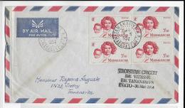1954 - MADAGASCAR - ENVELOPPE Par AVION De TANANARIVE - TROISIEME CIRCUIT DE VITESSE => IVATO - BLOC De 4 - Madagascar (1889-1960)