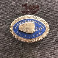 Badge Pin ZN008267 - Train (Bahn) Hungary Railways (For Service 20 Years) - Trasporti