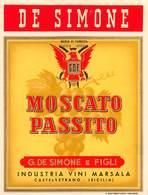 """D9251 """"DE SIMONE - MARCA DI FABBRICA G.D.F.  - MOSCATO PASSITO - CASTELVETRANO - (SICILIA)"""".  ETICHETTA ORIGINALE. - Etichette"""