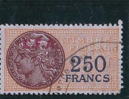 Timbre Fiscal Jaunâtre à 250frs Avec Surcharge C.F.A. De Couleur Rouge - A Voir, Pas Courant - Fiscaux