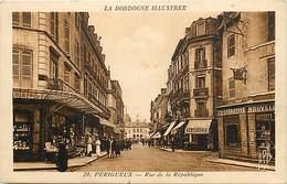 -dpts Div. -ref-AH589 - Dordogne - Perigueux -rue De La Republique- Cooperative Nouvelle Epicerie Horlogerie - Magasins - Périgueux