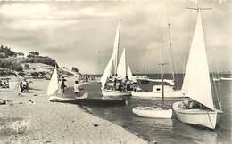 -dpts Div. -ref-AH584 - Charente Maritime - Ile De Ré - Plage De Trousse Chemise - Bateaux - Edition Gaby - N° 210 - - Ile De Ré