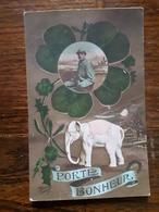 L19/237 Porte Bonheur. Militaire , éléphant - Militaria