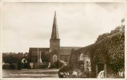 GODALMING - PARISH CHURCH ~ AN OLD PHOTO POSTCARD #91331 - Surrey