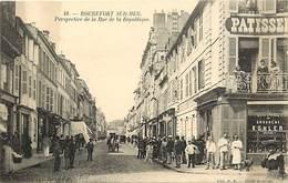 -dpts Div. -ref-AH579 - Charente Maritime - Rochefort Sur Mer - Rue De La Republique - Patisserie - Magasin - Magasins - - Rochefort