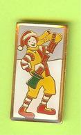 Pin's Mac Do McDonalld's Ronald Hiver - 6G06 - McDonald's