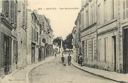 -dpts Div. -ref-AH572 - Charente Maritime - Saintes - Rue Berthonniere - A. Girard Tailleur - Magasin - Magasins - - Saintes