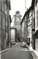 -dpts Div. -ref-AH570 - Bouches Du Rhône - Auriol -beffroi Et Porte Des Remparts - Voiture 4 Cv - Automobile - Enfants - - Auriol