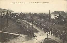 - Doubs -ref-A879- Le Val D Ahon - Arrrivée De La Troupe Au Camp - Camps - Miltaire - Militaires - Militaria - - France