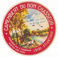 Etiquette De Fromage Camembert Du Bon Chasseur Mauves Sur Loire Loire Atlantique - Quesos