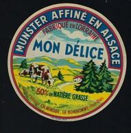 """étiquette Fromage  Munster Alsace Mon Délice 50%mg Fabriqué Dans Les Vosges 88 """"vaches"""" Ch Minoux Le Bonhomme - Quesos"""