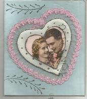 """Collage De Couple Dans Un Cœur. Broderie, Paillettes:""""Je Frappe à Votre Porte ..."""" - Brodées"""