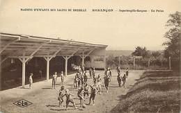 - Doubs -ref-A865- Besançon - Maisons D Enfants Des Salins De Bregille - Bregille Garçons- Préau - Jeu De Ballon- Santé - Besancon
