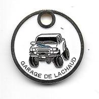 Jeton De Caddie  Ville, Automobile, GARAGE  DE  LACHAUD  Verso  63200  MALAUZAT, SPECIALISTE 4X4   Recto  Verso - Jetons De Caddies
