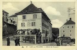 - Doubs -ref-A850- Lac Ou Villers - Hotel De France - Hotels - Panneau Biere Tourtel - Arriere Plan Autobus - Transports - France