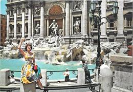 ROMA - Fontana Di Trevi - Ivana Kislinger - Miss Argentina 1954 - Fontana Di Trevi