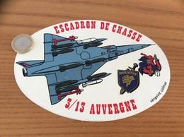 Ancien AUTOCOLLANT, Sticker «ESCADRON DE CHASSE 3/13 AUVERGNE - MORIETUR» (militaire, Armée De L'air, Avion) - Stickers