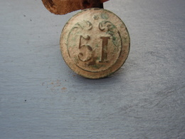 Bouton N° 51  - Régiment D'infanterie De Ligne - Période 1844-1871 - Bottoni