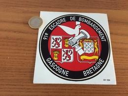 AUTOCOLLANT, Sticker «91e ESCADRE DE BOMBARDEMENT GASCOGNE BRETAGNE» (militaire, Armée De L'air, Blason) - Autocollants
