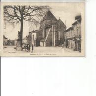 87-BESSINES LA PLACE DE L EGLISE - Bessines Sur Gartempe