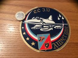 Ancien AUTOCOLLANT, Sticker «e.c (Escadron De Chasse) 3/13 AUVERGNE - MORIETUR» (militaire, Armée De L'air, Avion) - Autocollants