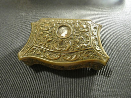 Old Portuguese Metal Jewel-Box 750g  Have A Mark On Back Side - Bronzes