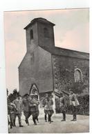 MAI 1940 - Hitler,Goering Et L'Etat-Major Allemand Devant L'Eglise De Bruly-de-Pesche - Guerre 1939-45