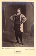 """OPERA ROMÂNA - D. BAZILIU Dans OPÉRA """" BOEMA / BOHEMA """" / OPÉRA ROUMAINE - CARTE VRAIE PHOTO ~ 1922 - '25 > RARE (ac052) - Opéra"""