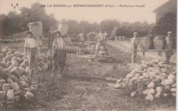 18 - LA BORNE Par HENRICHEMONT - POTIERS AU TRAVAIL - BEAU PLAN - Henrichemont