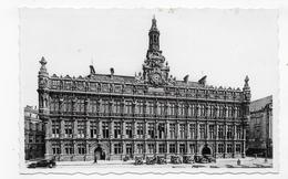VALENCIENNES - N° 2 - L' HOTEL DE VILLE AVEC VIEILLES VOITURES - FORMAT CPA NON VOYAGEE - Valenciennes