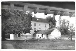 JOUY SUR MORIN - Le Parc Du Vieux Moulin - France