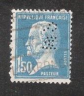 Perforé/perfin/lochung France No 181 SM  Société Marseillaise De Crédit (147) - France