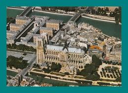 75 Paris Vue Aérienne Cathédrale Notre Dame Editions Combier 0024 - Notre Dame De Paris