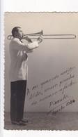 PIZZUTA, MUSICIAN AUTOGRAPH SUR PHOTO CIRCA 1946 SIZE 8.5x13.5cm - BLEUP - Gehandtekende Foto's