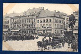 Arlon.18 Juillet 1920. Place Léopold. Hommage Aux Martyrs De Rossignol. La Place Pendant Les Discours. - Arlon