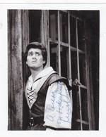 LUIS LIMA TENOR ARGENTINO AUTOGRAPH SUR PHOTO CIRCA 1940s SIZE 10x13cm - BLEUP - Gehandtekende Foto's