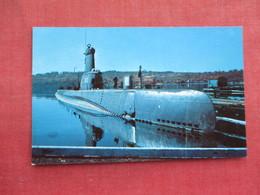Guppy Submarine  At New  London  Ct Submarine Base       Ref 3289 - Submarines