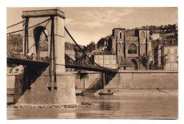 VIENNE (Isère) - Pont Suspendu Et Cathédrale De Saint-Maurice . - Vienne