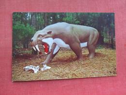 Smilodon  Oregon   Dinosaur   Ref 3290 - Animals