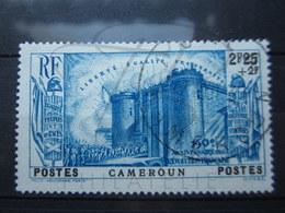 VEND BEAU TIMBRE DU CAMEROUN N° 196 !!! - Cameroun (1915-1959)