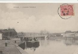 SOISSONS  L'ancienne Passerelle ( Péniche ) - Soissons