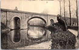 28 LEVES - Le Pont. - France