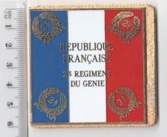 DRAPEAU 2° RG REGIMENT DU GENIE En Métal Doré - Drapeaux