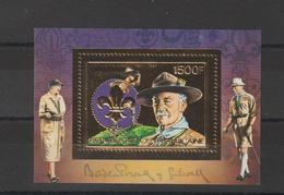 Centrafrique Bloc Doré 1984 Non Répertorié Yvert Scout Baden Powell Neuf ** MNH - Centrafricaine (République)
