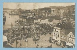 A085  Carte Photo   BERGEN (Norvège)  Fisketorvel Vaagen ...  Vers Le Havre 1916   +++++ - Norvège