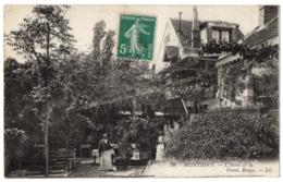 CPA 77 - MONTIGNY (Seine Et Marne) - 16. L'Hôtel De La Vanne Rouge - LL (petite Animation, Serveurs,...) - Autres Communes