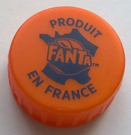 France Capsule Plastique à Visser Fanta Produit En France - Soda