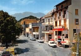 SAINT-FIRMIN-en-VALGAUDEMARD - La Place René Mournas - Renault 4L Break - Hôtel Des Alpes - Restaurant Chez Gaston - France