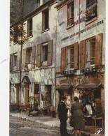 CPSM - Carte Prestige P5  Place Du Tertre à Montmartre - Le Facteur Et Le Garde Champêtre  -  019 - Autres Photographes