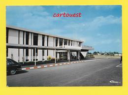 Flughafen ֎ AIRPORT ֎ AEROPORT ֎  Aérogare RENNES St JACQUES De La LANDE ֎ Entrée ֎ - Aerodromi